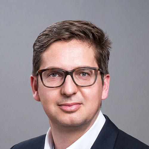 Prof. Dr. Bachmann Bálint DLA rektor, egyetemi tanár